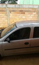 Corsa sedan, conservado, segundo dono básico ,mecânica tudo funciona - 2004