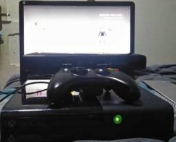 Xbox 360+kinect+250gb+gta v+dance central 3