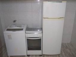 Fogão, geladeira e máquina de lavar
