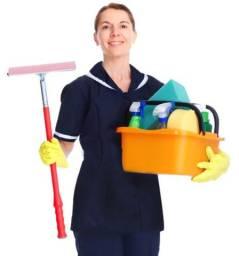 Precisa- se de Auxiliar de Limpeza Com Experiência - Apenas Mulheres - Acima de 35 anos -