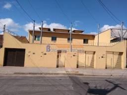 Casa geminada com entrada independente, 2 quartos e 2 vagas, Bairro Santa Mônica, Belo Hor