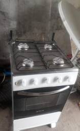 Vendo fogão funcionando perfeitamente 199