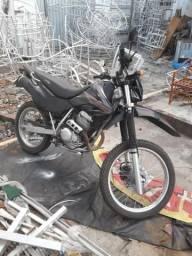 Vende - se Moto Tornado - 2004