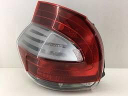 Lanterna Traseira Esquerda Fiat Mobi 2017. Original Semi Nova