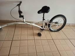 Bicicleta auxiliar