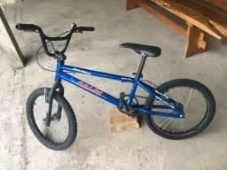 Bicicleta Caloi aro 20 masculina