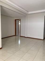Alugo apartamento 4 Quartos, sendo 1 dependência, 3 banheiros
