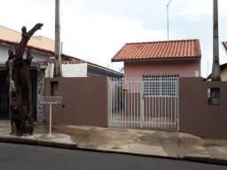 Casa 2 dormitórios à venda, Próx. ao Pq. Ecológico Ernesto Baltieri - São Pedro/SP