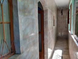 alugo casa duplex com suíte e duas salas