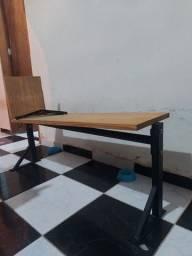 Pratileira de madeira