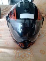 Capacete escamoteável Mixs Captiva Street Rider preto com chamas laranja tamanho 56