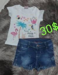 Título do anúncio: Vendo roupas de menina