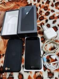 iPhone 8 64gb top