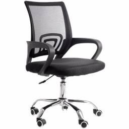 Título do anúncio: Cadeira escritorio Giratoria (Nova na Caixa) R$ 300,00 no Dinheiro