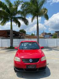 Volkswagen Fox 1.0 Trend Completo 2010 - Troco e Financio