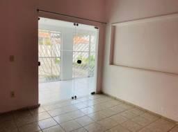 Título do anúncio: Vendo casa com ponto comercial em Manaira