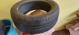 Vendo 2 pneus meia vida