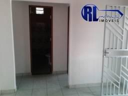 Aluga-se 01 casa na Rua Hungria nº889 Bairro Cauame