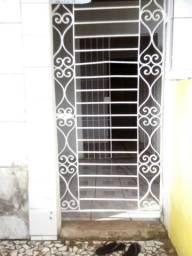 Aluga-se casa em Nova Descoberta R$350,00