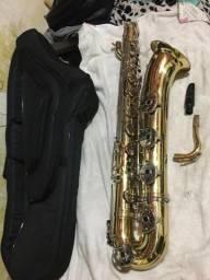 Vendo Sax Barítono com Lá grave
