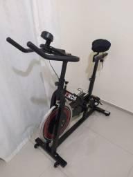 Bike Ergométrica Kikos F5 para Spinning