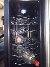 Adega climatizador de vinho