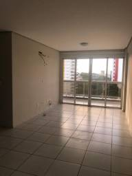 Apartamento Padrão no Bairro Ilhotas (2195 FL)