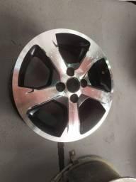 Vendo uma roda Onix aro 15