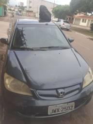 Vende - se um carro Honda Civic 2005