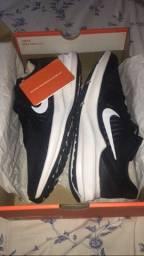 Tênis Nike downshifter 10,