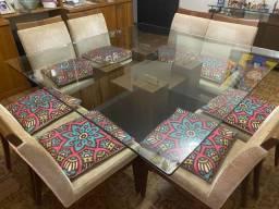 Mesa 8 lugares - com 6 cadeiras + Aparador