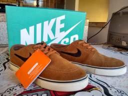 Vendo Tênis Nike SB