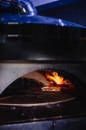 Forno para pizzas com piso rotante