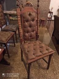 Cadeiras coloniais em imbuia