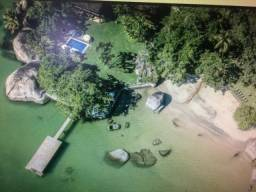 Casa com 6 suítes em Angra dos Reis - RJ