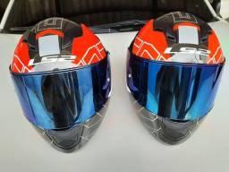 Título do anúncio: Vendo 2 capacetes LS2 usados apenas 1 veze !