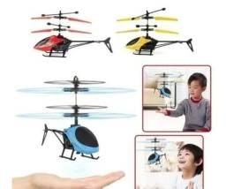 Helicóptero controle de mao