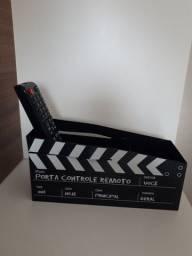 """Porta controle remoto organizador """"cinema ação"""