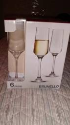 Jogo de taças para Champagne