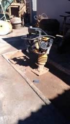 Presto manutenção em vários equipamentos civil