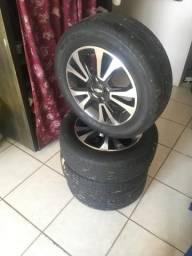 Jogo de roda 15 com pneu