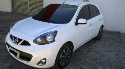 Nissan March 1.6 sl automatico cvt - 2017