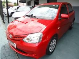 Toyota etios 1.3 x flex 4p ano 2015 vermelho