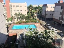 Apartamento com 3 dormitórios à venda, 105 m² por R$ 300.000 - Fátima - Fortaleza/CE