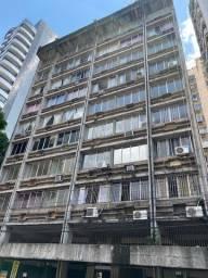 Apartamentos no Ed. Octávio Meira