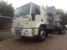 Cargo 2428/4532, ano 2007, truck. R$118.000