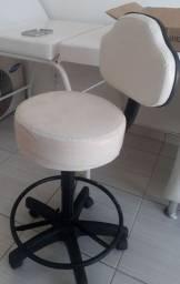 Vendo mobiliário completo para sala de manicure e spa dos pés ou estética.