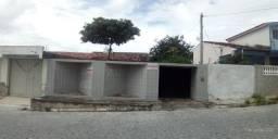 Casa 2 quartos no Inocoop. Terreno 10 x 40 Indianópolis em Caruaru PE