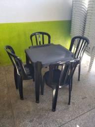 Cadeira Bistrô Preta