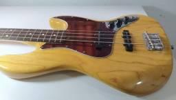 Contra baixo Fender 4 cordas (México)